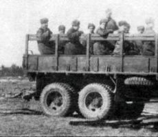 Soviet US-6 towing a BS-3 gun 2
