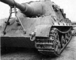 82036e2aecddb8f8a909ea9f0a08cef1—ww-tanks-scale-model